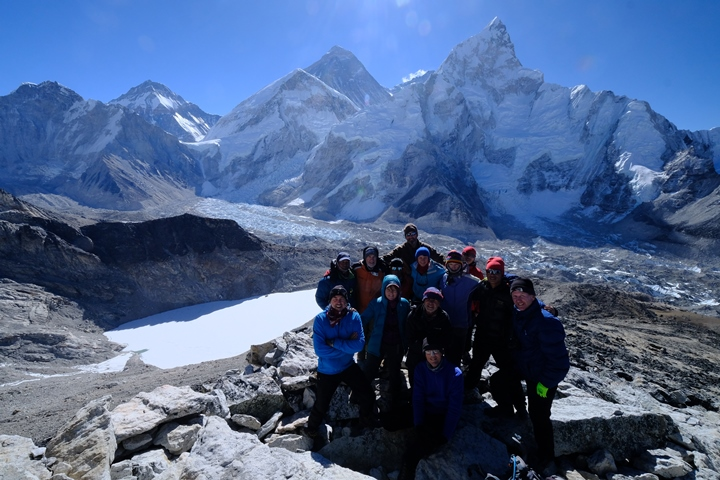 Kala Patar group with Mikeon summit blog size